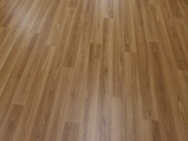 Vinyl Flooring in Wood Effect in Hampstead