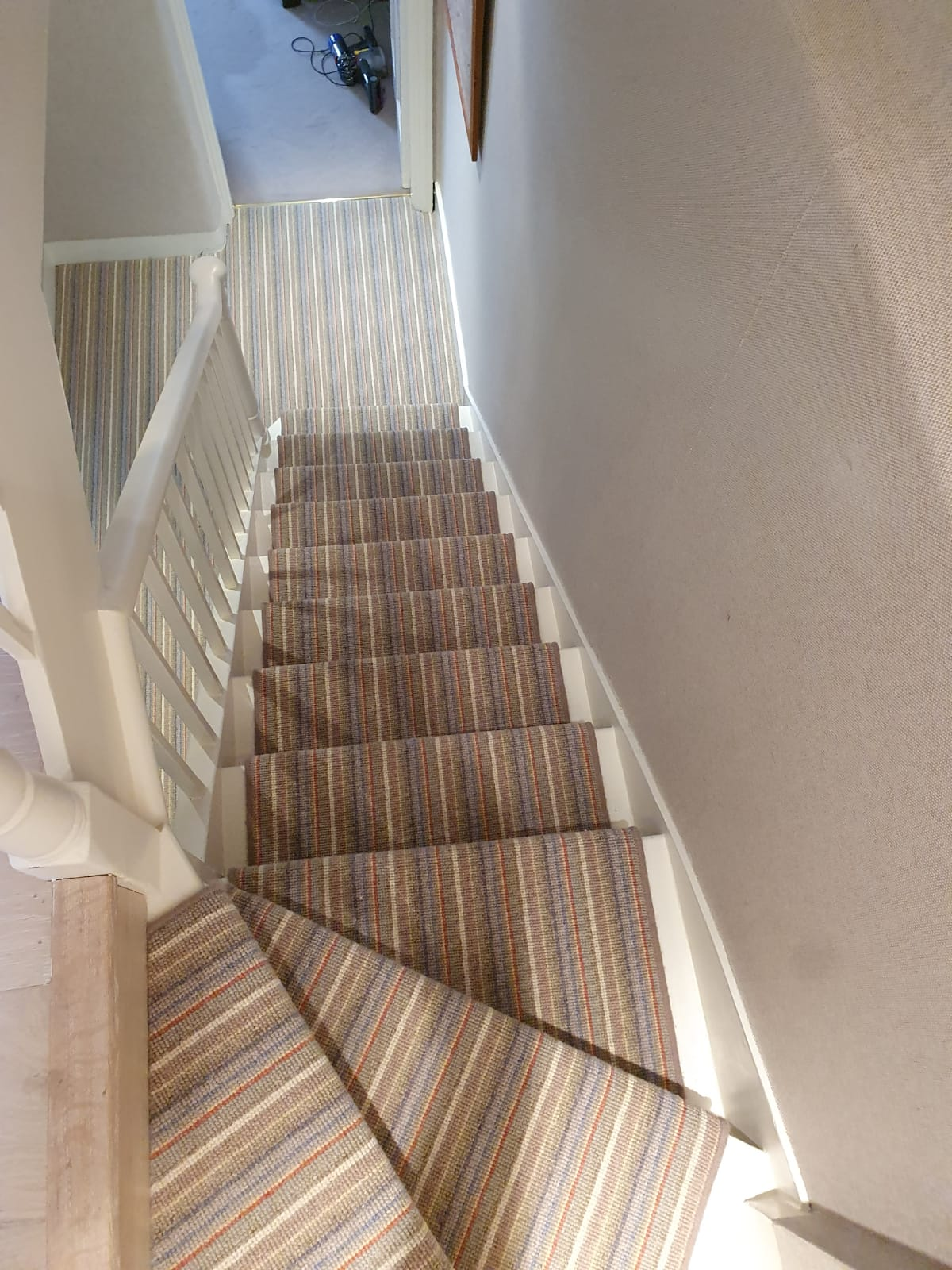 Crucial Trading Mississippi Multi Carpet in Mayfair 5