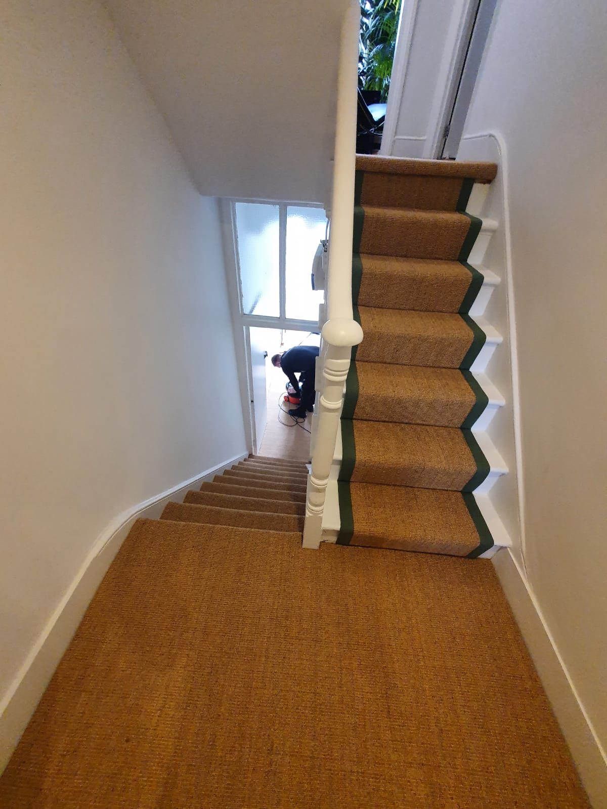 Crucial Trading Small Boucle Classic Ginger C653 Sisal Carpet Installation 4