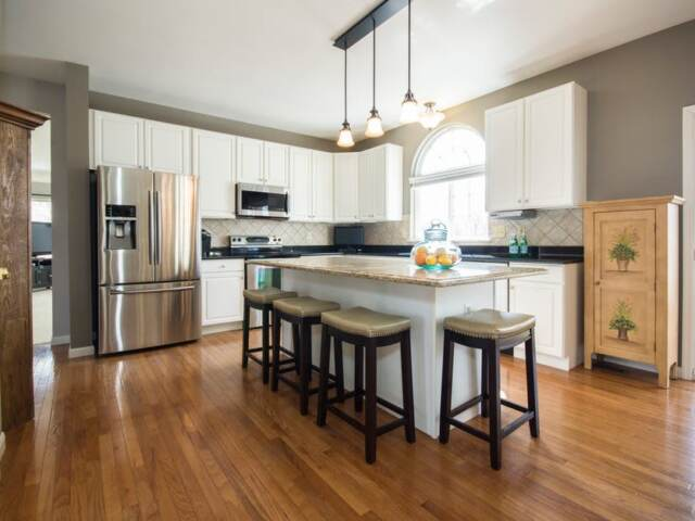 How to Properly Clean Laminate Floors
