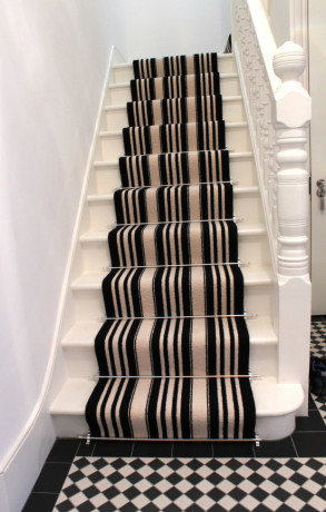 Black-And-White-Striped-Stair-Carpet-3