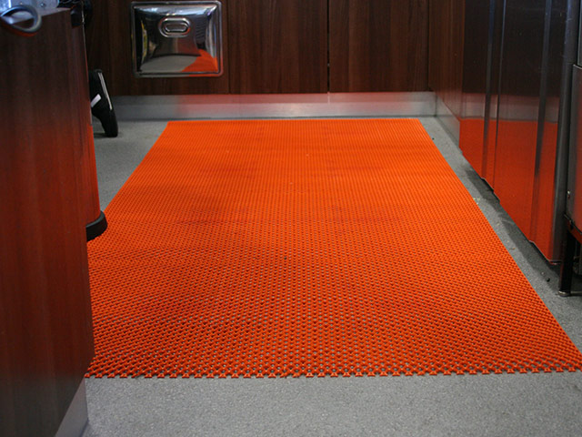 Coba Flooring - Mats For Catering - Diamond Grid