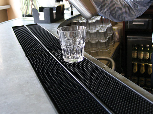 Coba Flooring - Mats For Catering - Fingertip Bar Mat