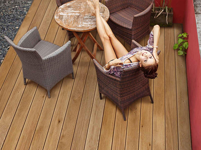 Futura Floors – Outdoor Decking – Oak