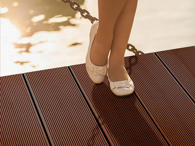 Futura Floors – Outdoor Decking – WPC Dark Brown