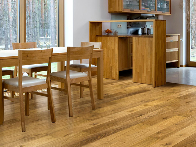Futura Floors - Wooden Flooring Solid Oak - Castle Planks Solid Hardwood