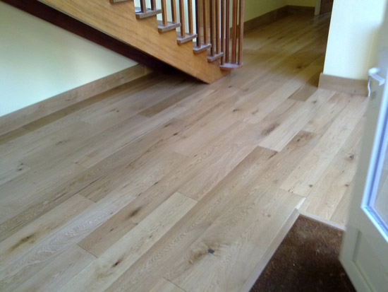 Amtico Floor Stairs & Living Room 01
