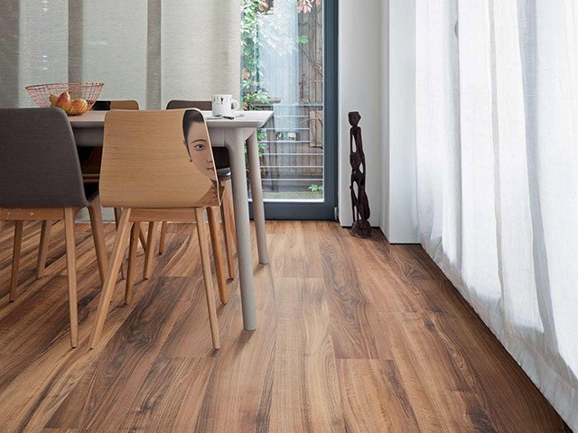 Haro – Laminate Floor – Italian Walnut