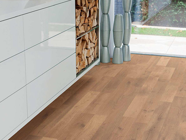 Haro laminate floor oak artico cognac the flooring group for Laminate flooring waterloo