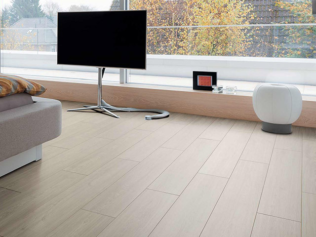 Haro laminate floor pine asturia the flooring group for Laminate flooring waterloo