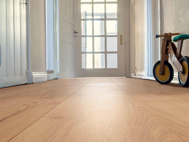 Haro laminate floor alpine oak nature the flooring group for Laminate flooring waterloo