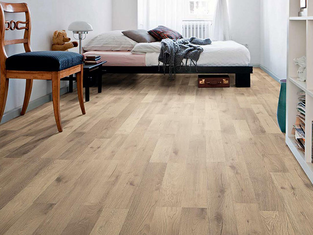 Haro laminate floor oak artico sand the flooring group for Laminate flooring waterloo