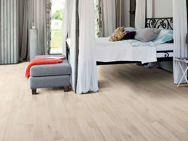 Haro laminate floor oak artico white the flooring group for Laminate flooring waterloo