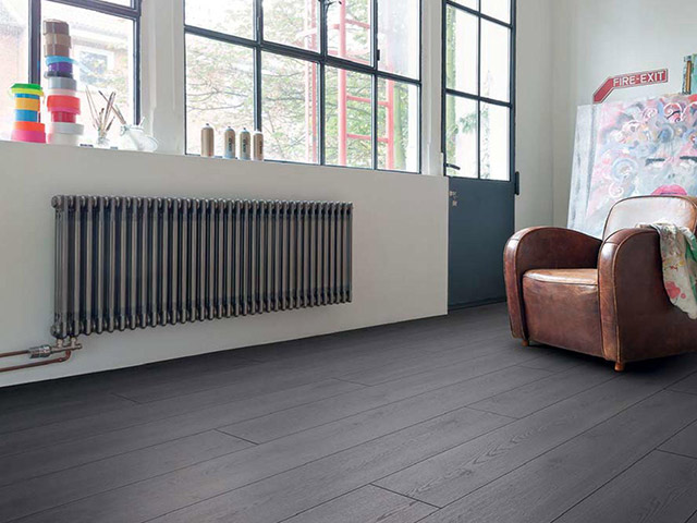Haro – Laminate Floor – Oak Contura Black
