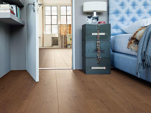 Haro laminate floor oak portland smoked the flooring for Laminate flooring waterloo