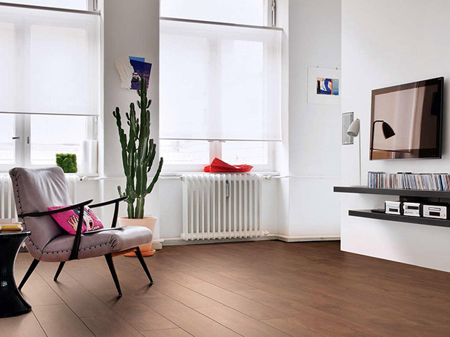 Haro laminate floor smoked oak the flooring group for Laminate flooring waterloo