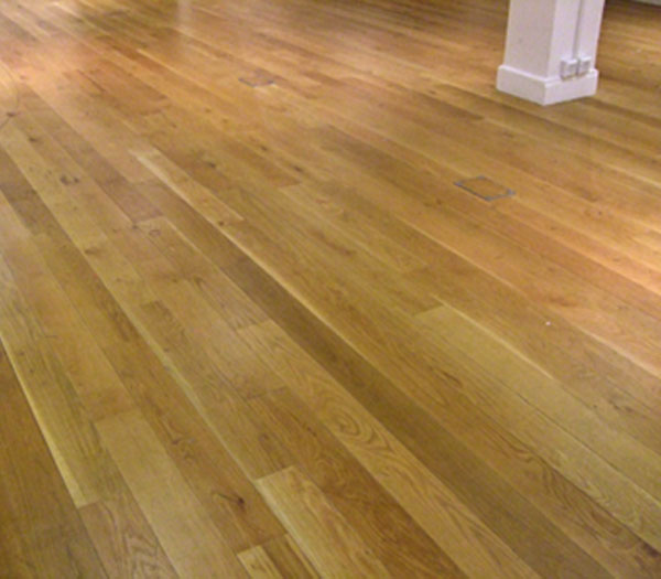 Junckers-Solid-Wide-Board-Oak-Oiled-Finish-To-Gallery-4