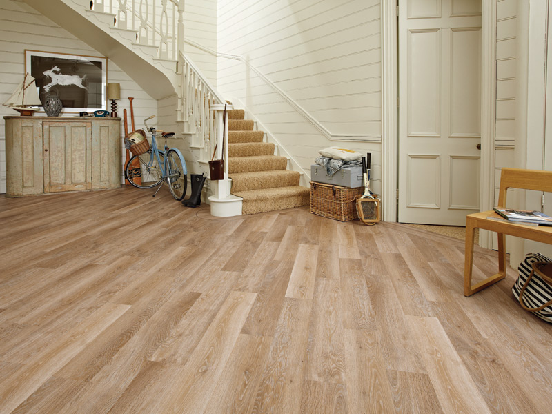 Karndean - Knight Tile Wood Flooring - KP94 Pale Limed Oak