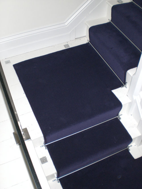 Luxury-Stair-Runner-With-Stair-Rods-1