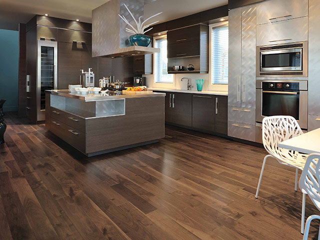 Mirage - Admiration - Knotty Walnut Savanna