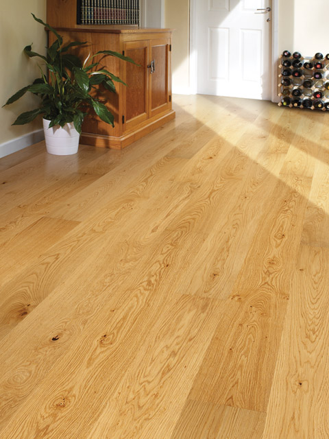 P76. Windsor Oak Rustic Plank