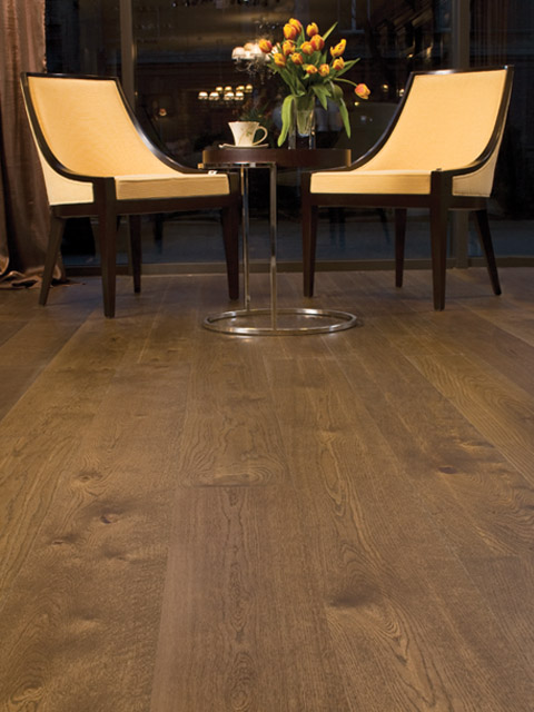 P78. Windsor Oak Rustic Dark Oiled Plank