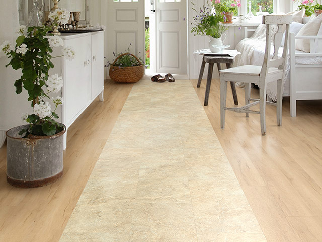 Polyflor - Camaro Loc Wood - Summer Maple, Classic Yorkstone