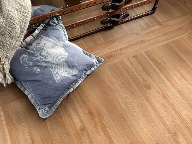 Polyflor - Creative Edge - Waxed Pine