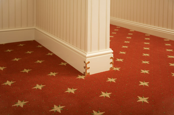 Skiffers in Polished Brass by Stairrods UK