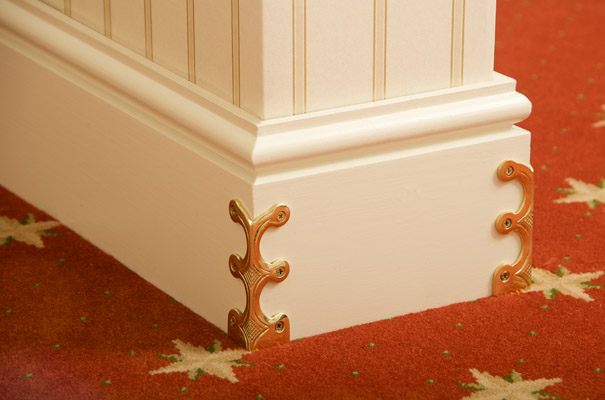 Skiffers in Polished Brass detail by Stairrods UK