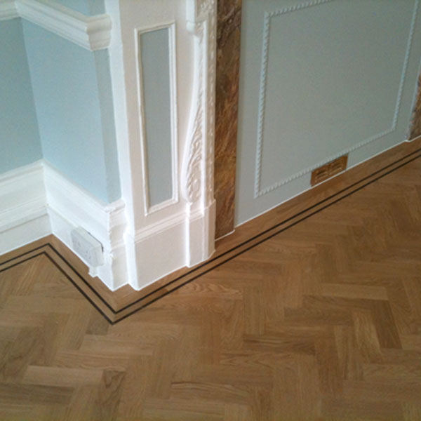 Traditional-Oak-Wood-Block-Floor-1