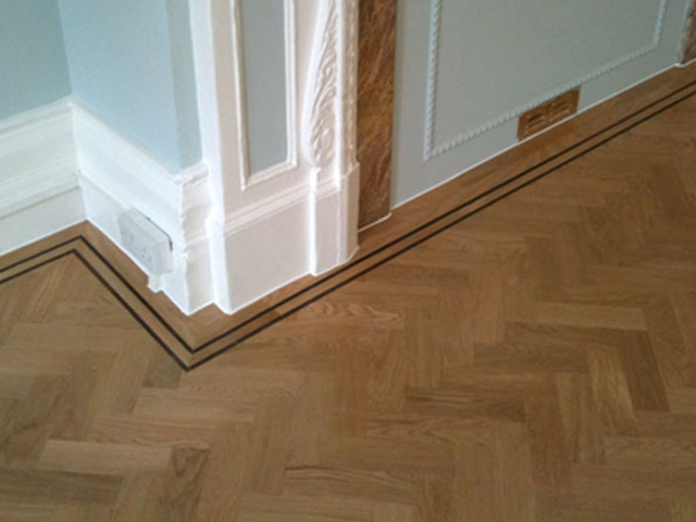 Traditional Oak Wood Block Floor