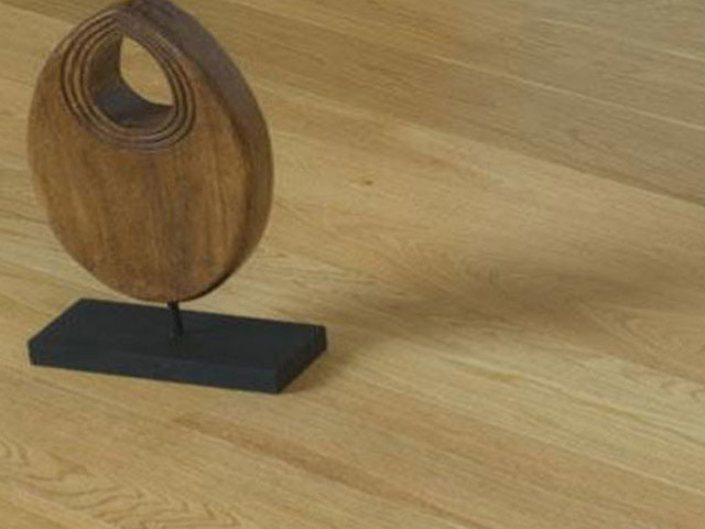 XYLO Oak Engineered Lacquered D0018MC 1 Strip Oak A B
