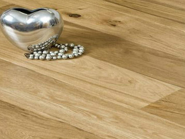 XYLO Oak Engineered Lacquered D14003 1 Strip Oak Rustic