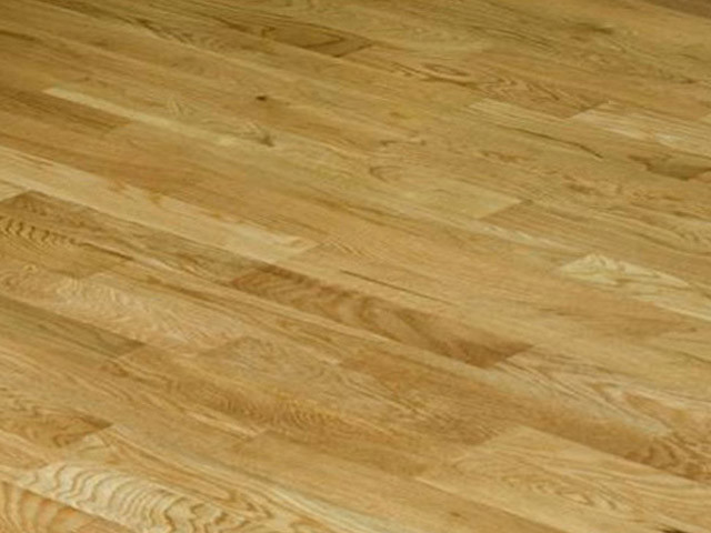 Xylo Oak Engineered Lacquered D0001 C 3 Strip Oak Rustic