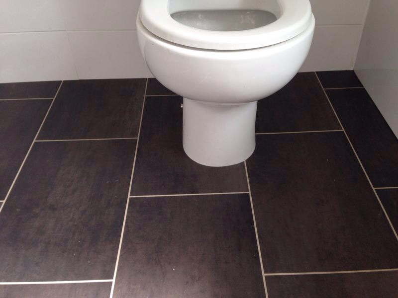 Vinyl Bathroom, Amtico