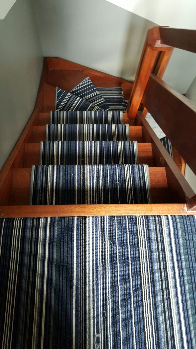 STRIPEY BLUE CARPET portfolio stairs 05