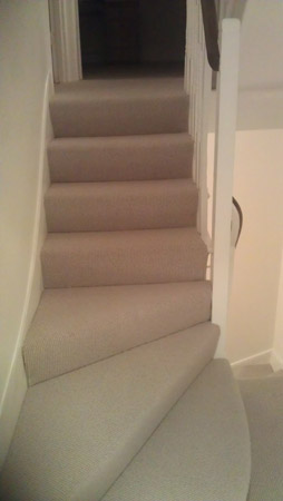 gray stair carpet 02