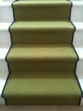 green carpet stairs 03