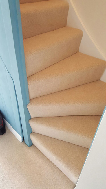 portfolio carpets stairs beige carpet 01 20160608