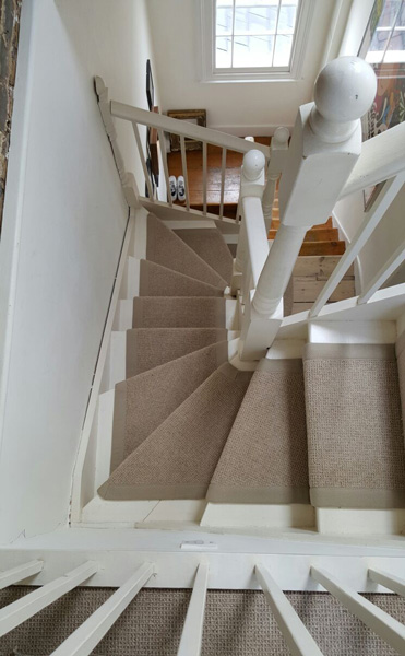 portfolio carpets stairs beige carpet with border 01