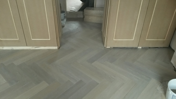 portfolio hardwood floors - herringbone wood install 01
