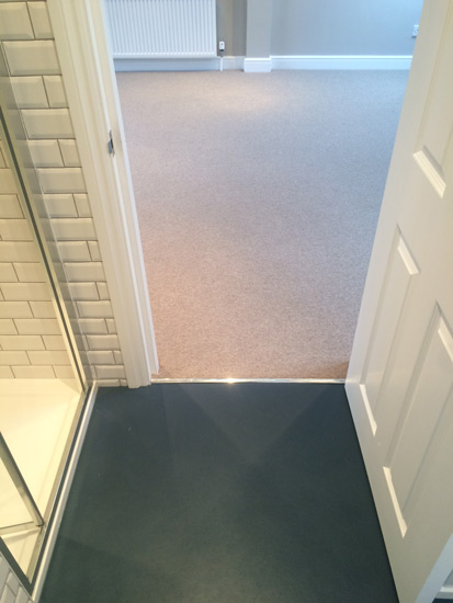 portfolio smooth floors Bathroom In Marmoleum 02