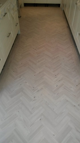 portfolio smooth floors hallway amtico 3