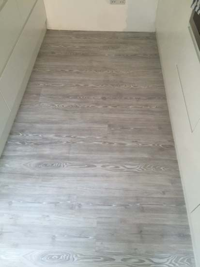 portfolio smooth floors room amtico wood installation 01