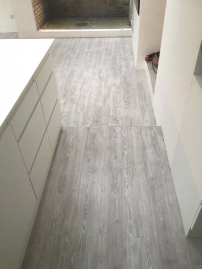 portfolio smooth floors room amtico wood installation 02