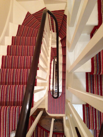 red multicoloured stair carpet 4